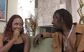 Inviting Ebony Golddigger Creampied By Beamy BLACK COCK