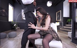 Deep fucked wide both holes after she throats slay rub elbows with BBC like a whore