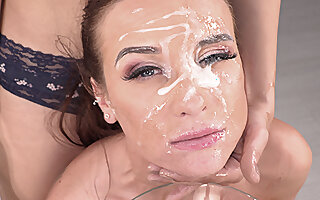 Vinna Reed & Amateur Camille Oceana flooded with cum