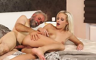 Ancient young creampie Surprise your girlplaymate and she