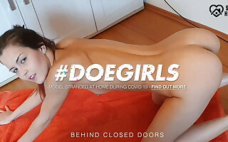 DOEGIRLS Quarantine Solo Routine With Sexy Teen Cindy Shine