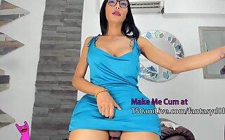unsparing 10-Pounder latina ladyman Masturbates On web camera Live